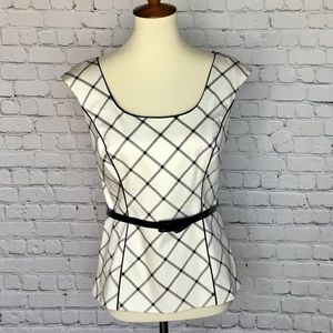 NEW WHBM STRUCTURED SLEEVELESS BLOUSE SIZE 6